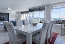 8 Tips to Choose Dining Table for your Home