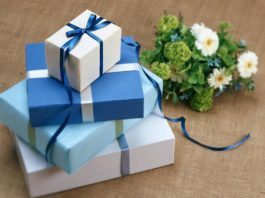 Unique idea to give door gifts - To make the big day special