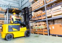 8 Tips for Choosing Industrial Lift Trucks