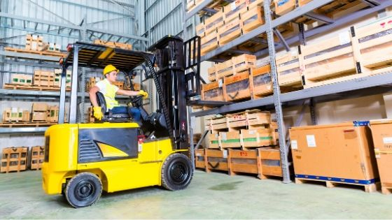 8 Tips for Choosing Industrial Lift Trucks