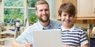 How An English Tutor Can Be Of Great Help For Students