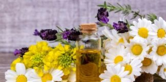 4 Must-Have Herbal Oils