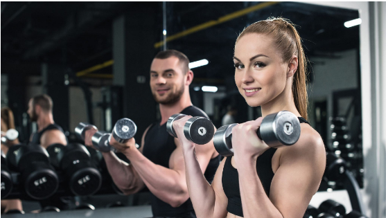 4 Benefits of Personal Trainer as Compare to Using Gym Services