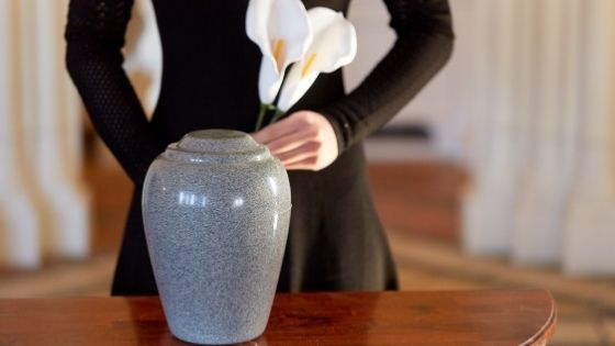 Post-Cremation Duties: What to Do With a Loved One's Ashes