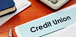 How Does a Federal Credit Union Differ From a Bank