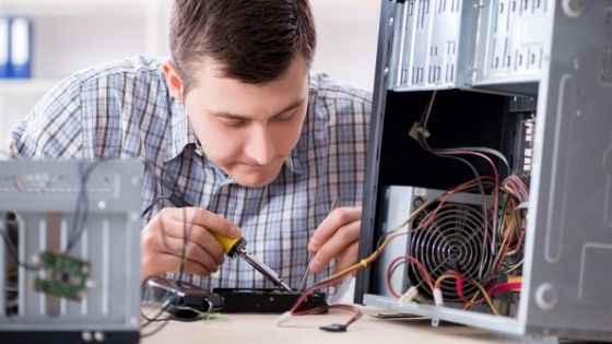 Why Should You Go to a PC Repair Service Centre
