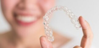 6 Signs You Might Need Invisalign Treatment