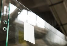Glass: The Ultimate Material for the Modern Home