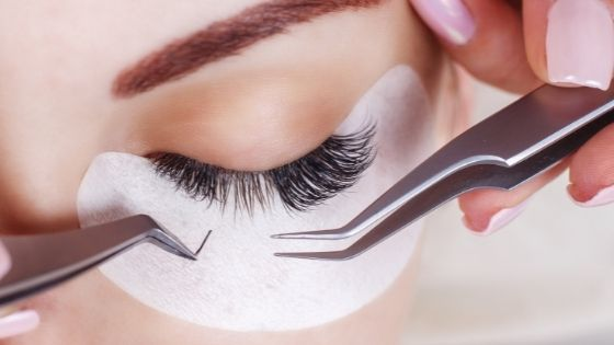 The 7 Best Brands for Gorgeous Eyelash Extensions