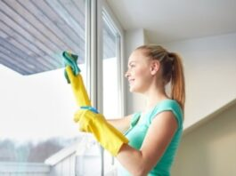 Tips On How To Get Rid Of Stains On Windows Quickly And Easily